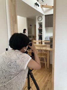 しっくいの家 アイアン手摺 雑誌取材 オープンキッチン